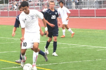 Sasha Boussina, junior, anchored the Giant's offense on Friday. He scored the only goal of the game, and lifted his team to a 1-0 victory against Marin Catholic. Boussina currently leads the Marin County Athletic League in goals scored, with 15.