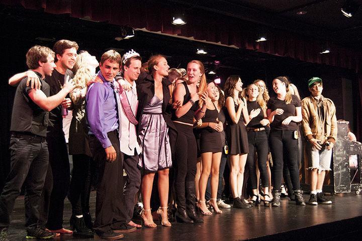 Drama <b>seniors</b> take final bow - The Redwood Bark