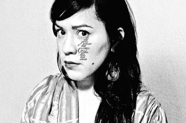 """CARLA MORRISON'S ALBUM Déjenme Llorar includes her song, """"Eres Tú""""."""