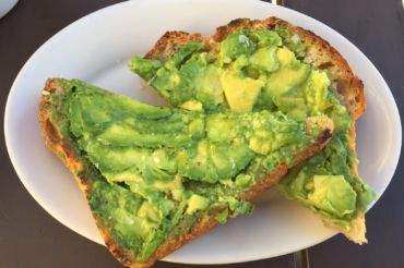 RATED FIVE STARS, M.H. Bread and Butter avocado toast had an addictive taste with an optimal amount of salt mixed into the blend.