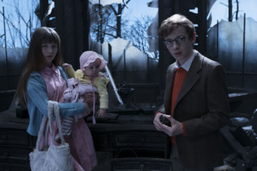 a-series-of-unfortunate-events-netflix-review-2