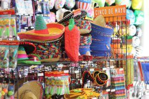 La ciudad de fiesta tiene muchos cosas para Cinco de Mayo en Novato, CA