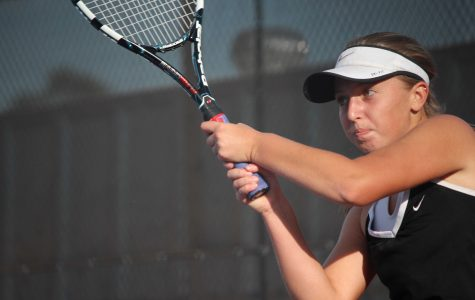 Girls' tennis comes up short in semifinals