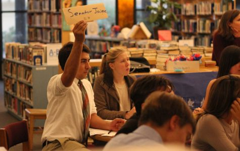 Students become senators: Seniors participate in Mock Senate