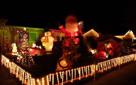 Gallery: Holiday displays duel for neighborhood supremacy
