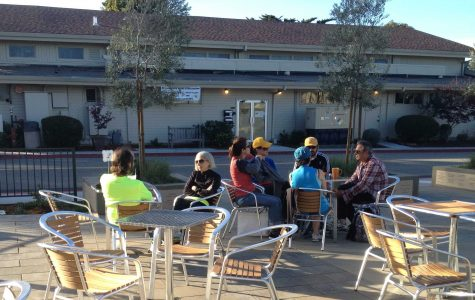 Cafe Verde patrons enjoy the eatery's outdoor dining option.