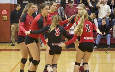 Girls' volleyball defeats Vintage in straight sets to move to second round of playoffs