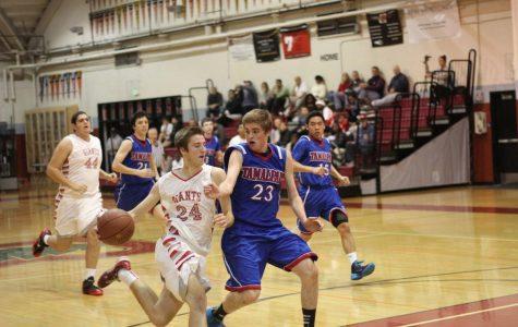 Boys' varsity basketball makes comeback over Tam