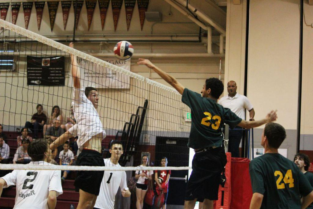 Mens Volleyball Team Sets High Expectations For Season Redwood Bark