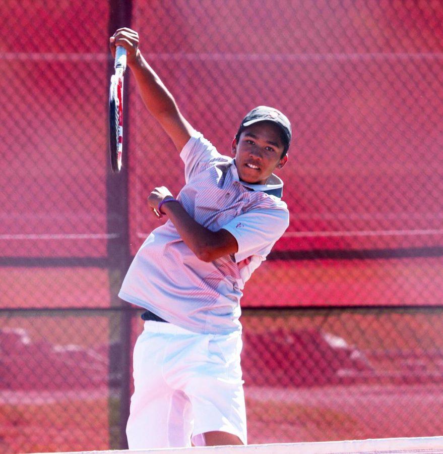 Nationally-ranked freshman stars on boys' tennis team