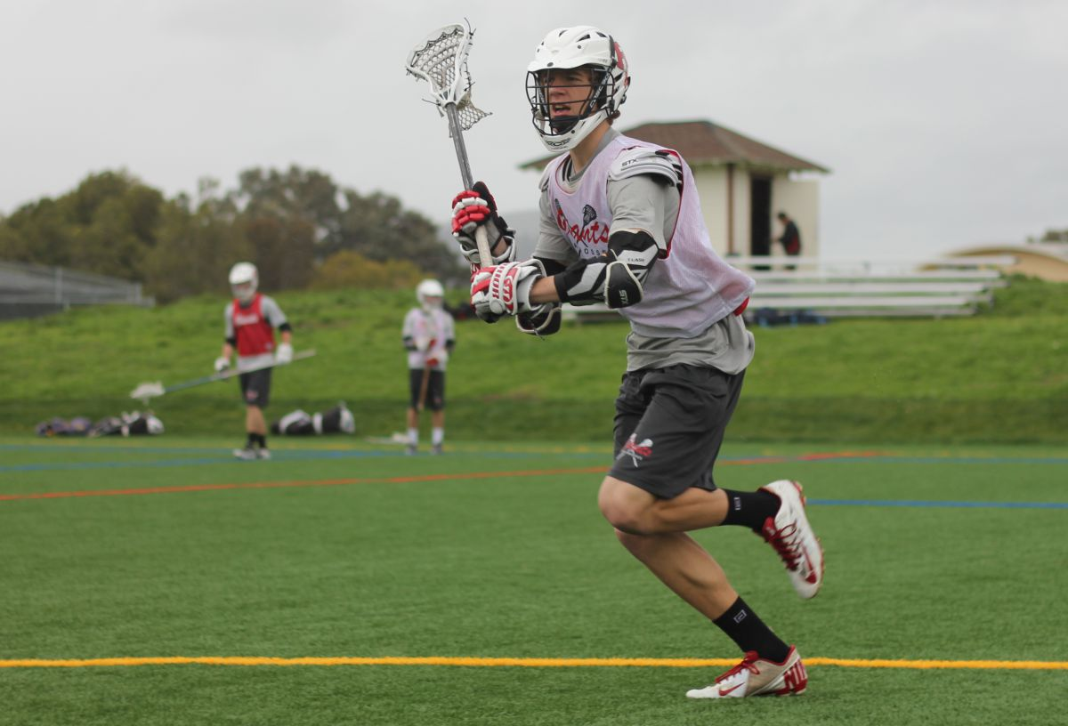 Boys' lacrosse remains undefeated in league play