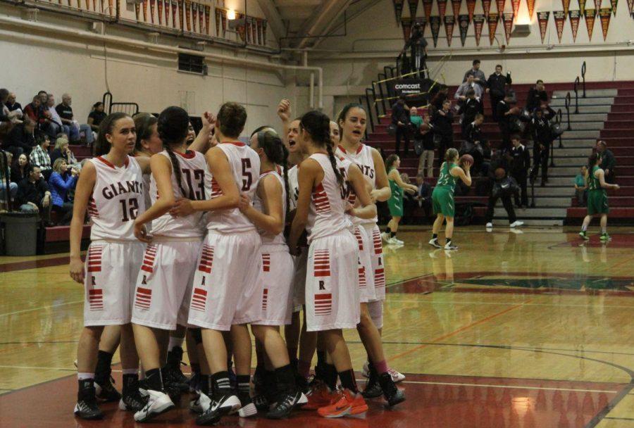 Despite a strong finish, girls' varsity basketball loses to Drake