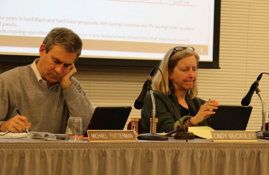 Board votes to create ad hoc advisory committee