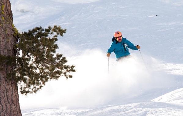 Junior Jackson Chou skis down the slopes.