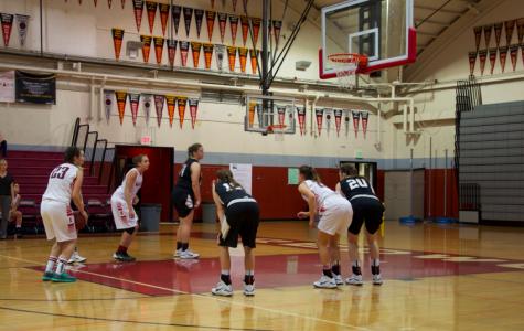 Girls' varsity basketball falls to Windsor High School