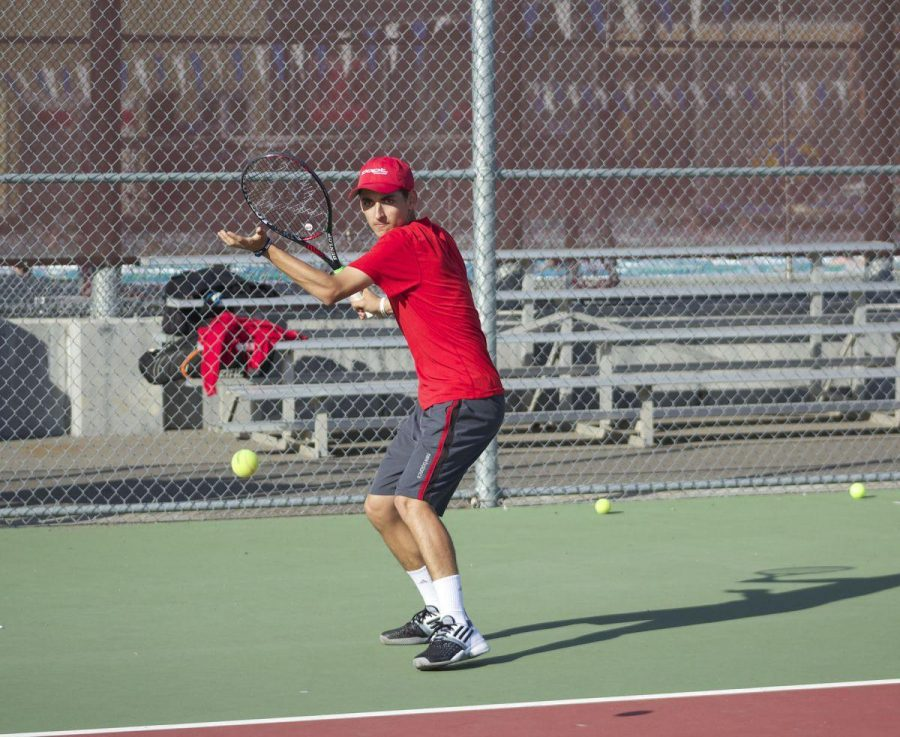 Tennis+wins+MCAL+title+over+Branson
