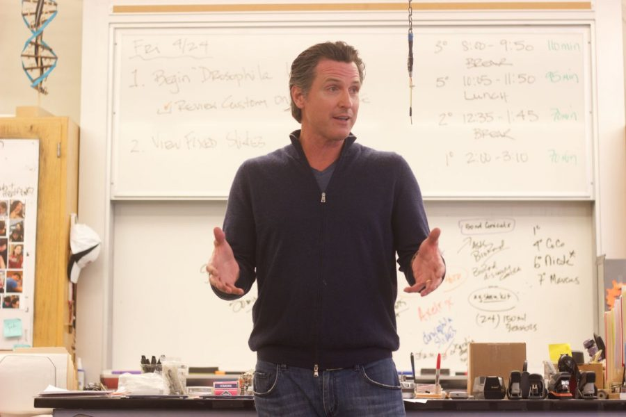 California Lieutenant Governor Gavin Newsom speaks to Redwood students