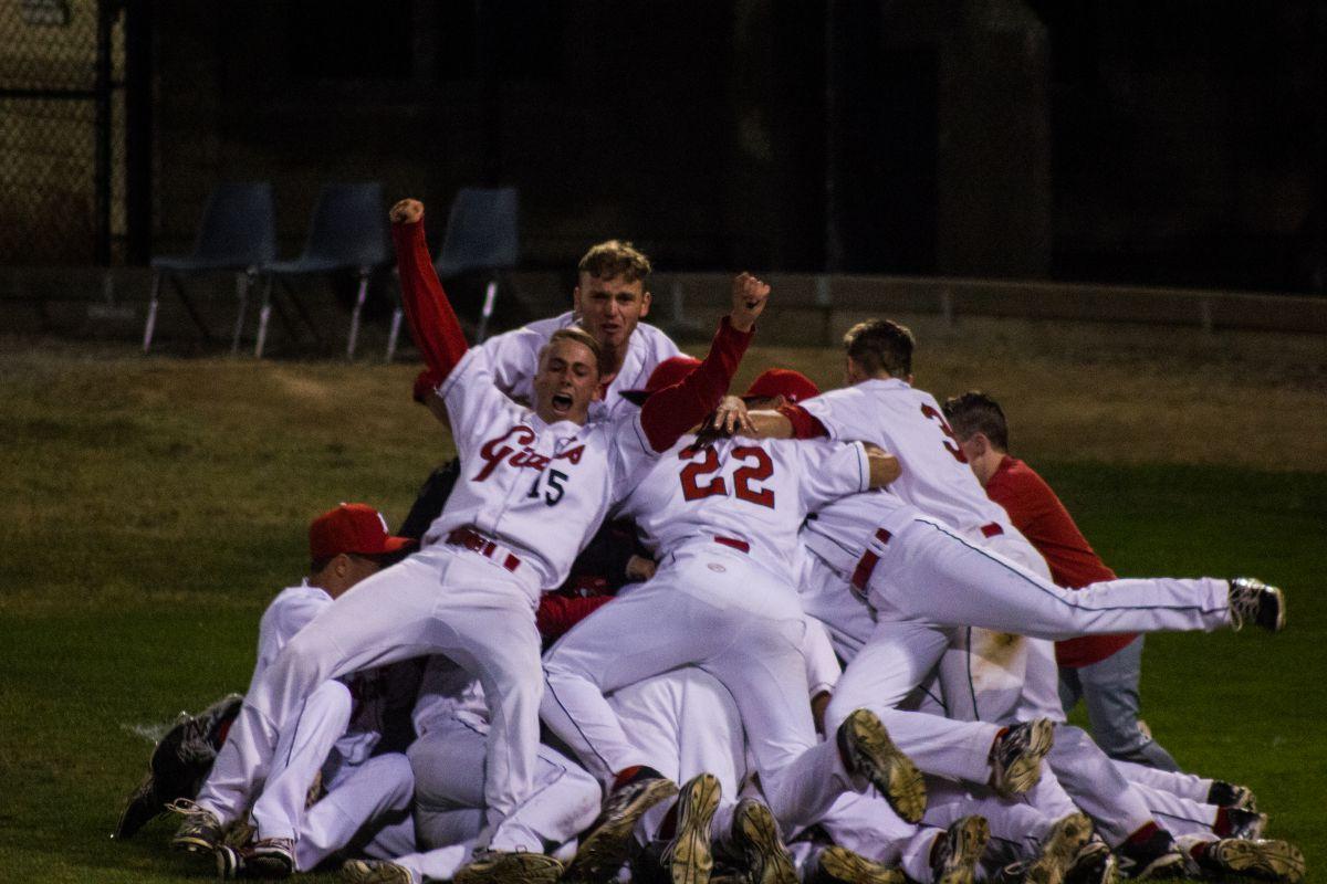 Varsity baseball wins MCAL championship nailbiter on walk-off