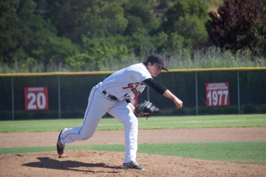 Senior Tyler Peck delivers a pitch.