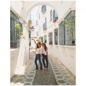 Roaming the streets of Cordoba, a town two hours outside of Murcia, Spain, senior Mia Samson and her friend admire the architecture.