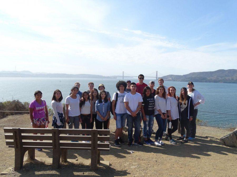 ELD y Conecciones Internacionales toman excursión a Angel Island