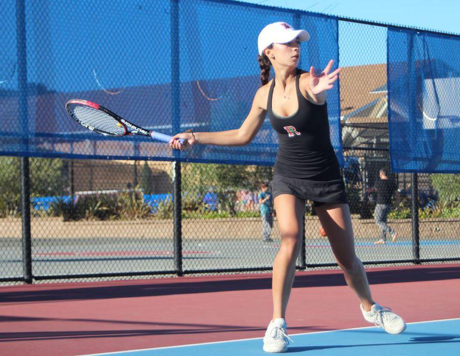 Girls' varsity tennis overcomes rivalry match with comfortable victory