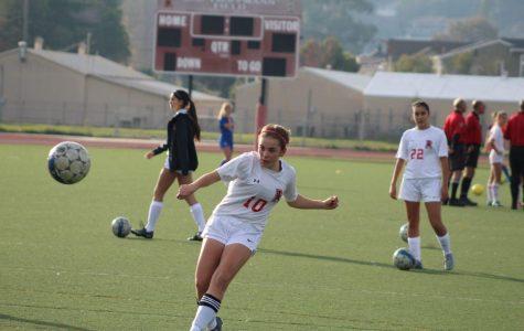 Girls' Varsity Soccer anticipates experience will lead to a better season