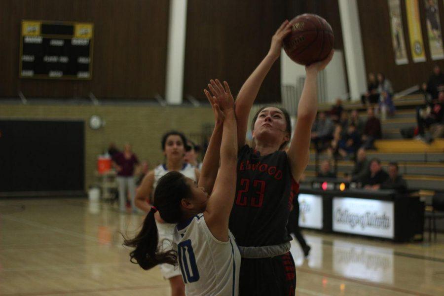 Girls' varsity basketball overcomes Branson