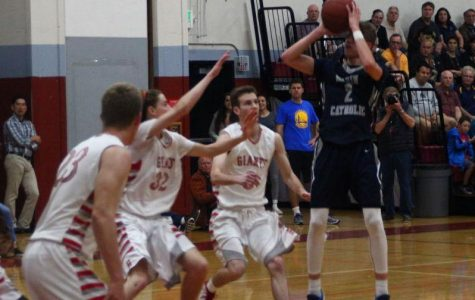 Marin Catholic routs Redwood in MCAL playoffs behind Calcaterra's flawless night
