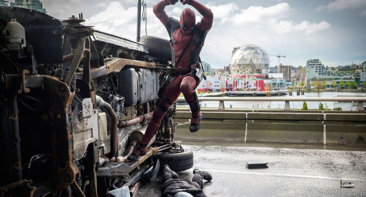 "Marvel's ""Deadpool"" cleverly intertwines comedy, blood and love"