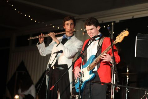 Junior Jeremy Goldwasser and sophomore Sean McGee perform together.