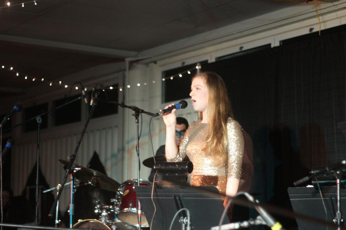 Junior+Lauren+Knott+performs.+