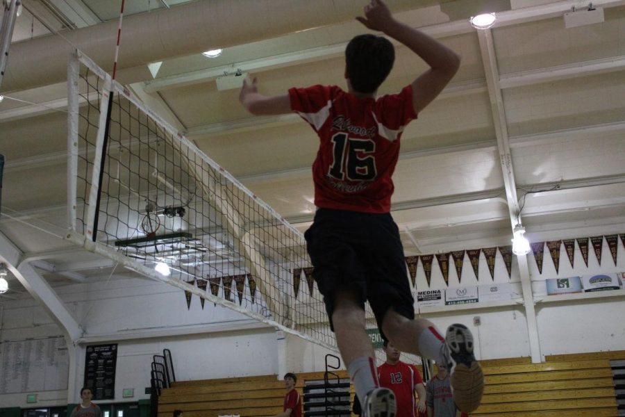 Boys' volleyball remains undefeated, clinches regular season title