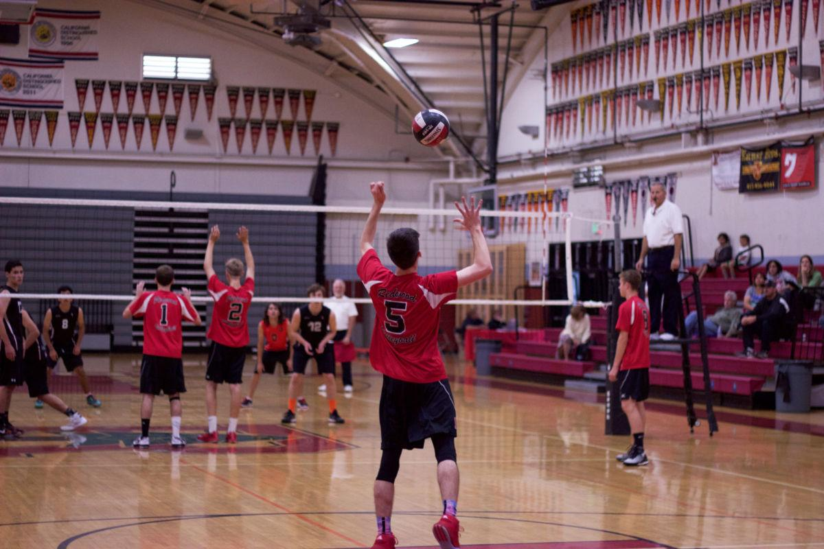 Redwood boys' volleyball advances to MCAL finals after ferocious defeat of El Molino