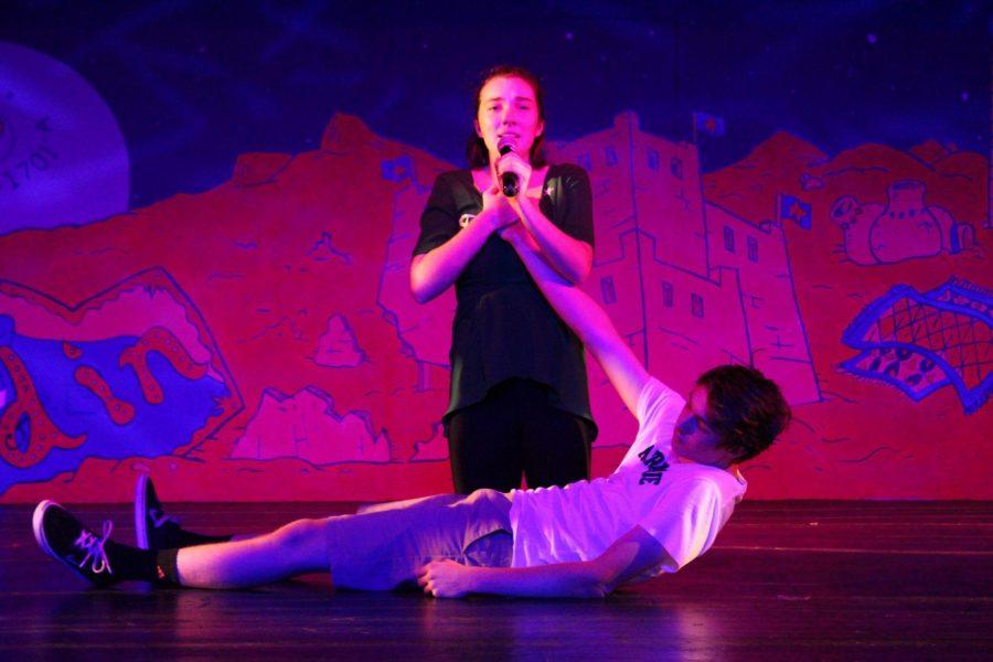 Junior+Violet+Morris+preforms+a+solo.+