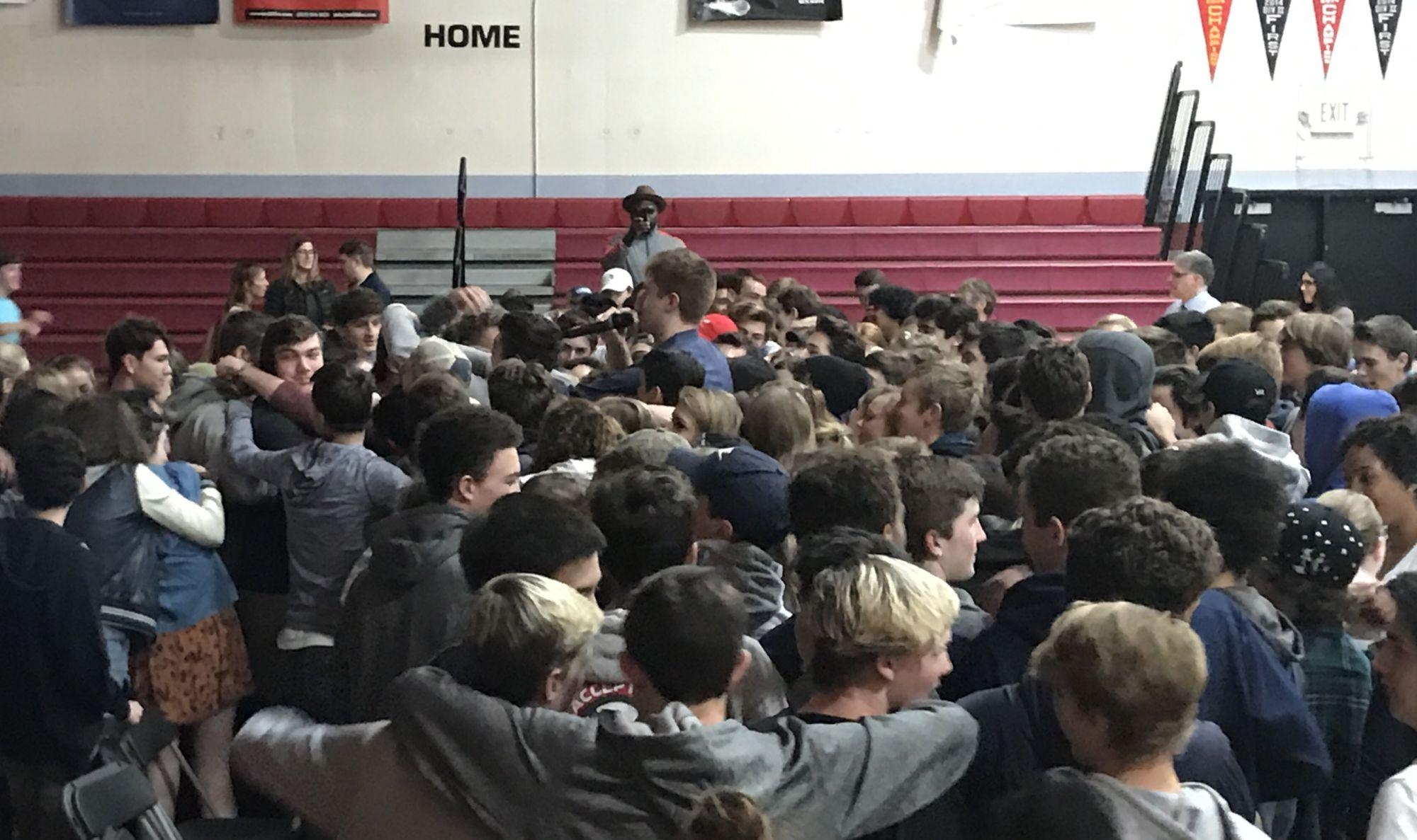 Kevin Laue shares life experience for Passion Week