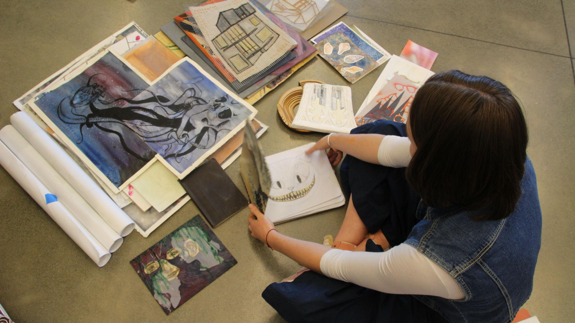Students of the visual arts: Seniors pursue artistic ambitions