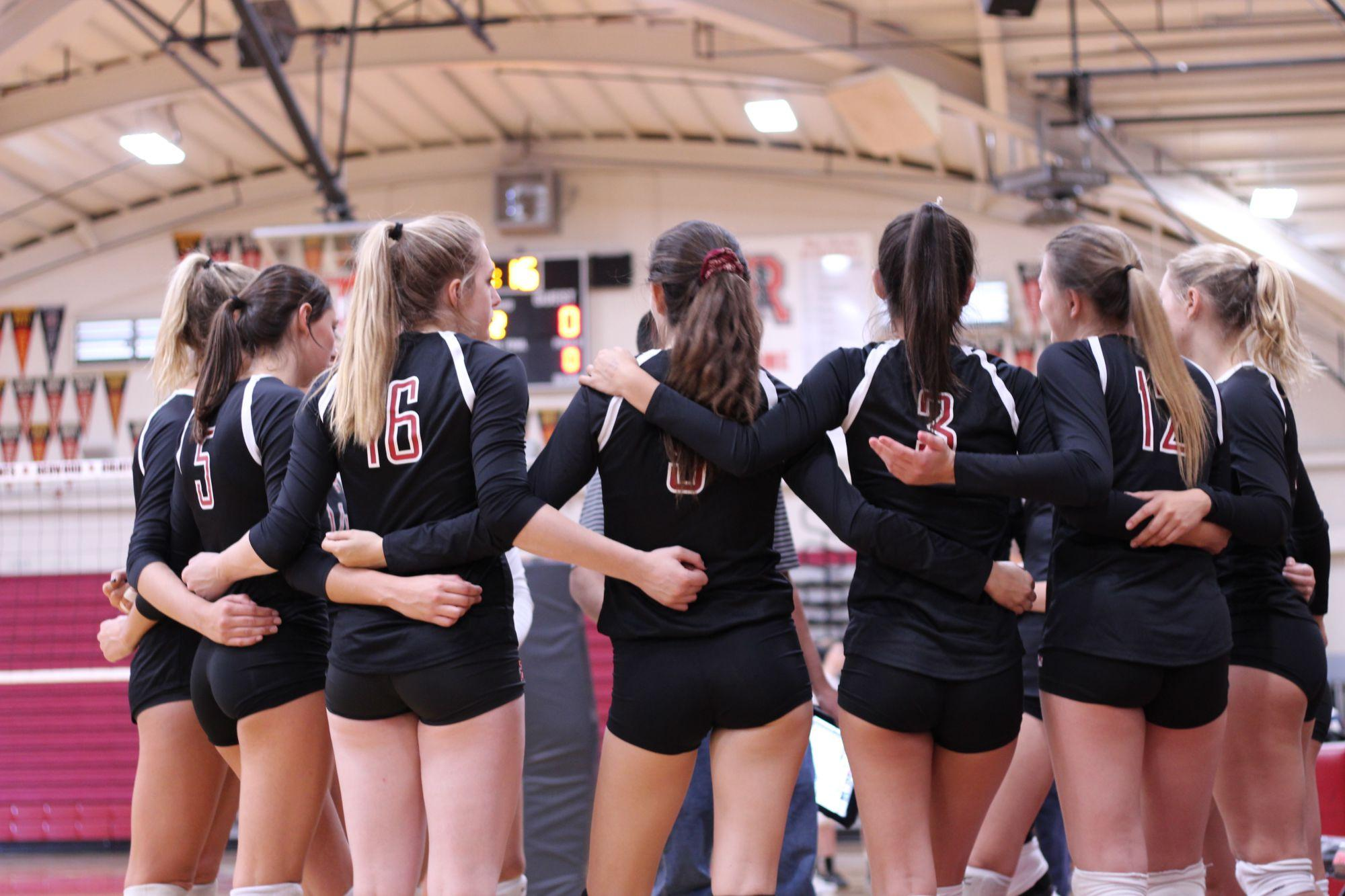 Girls' varsity volleyball beats Novato in a clean sweep