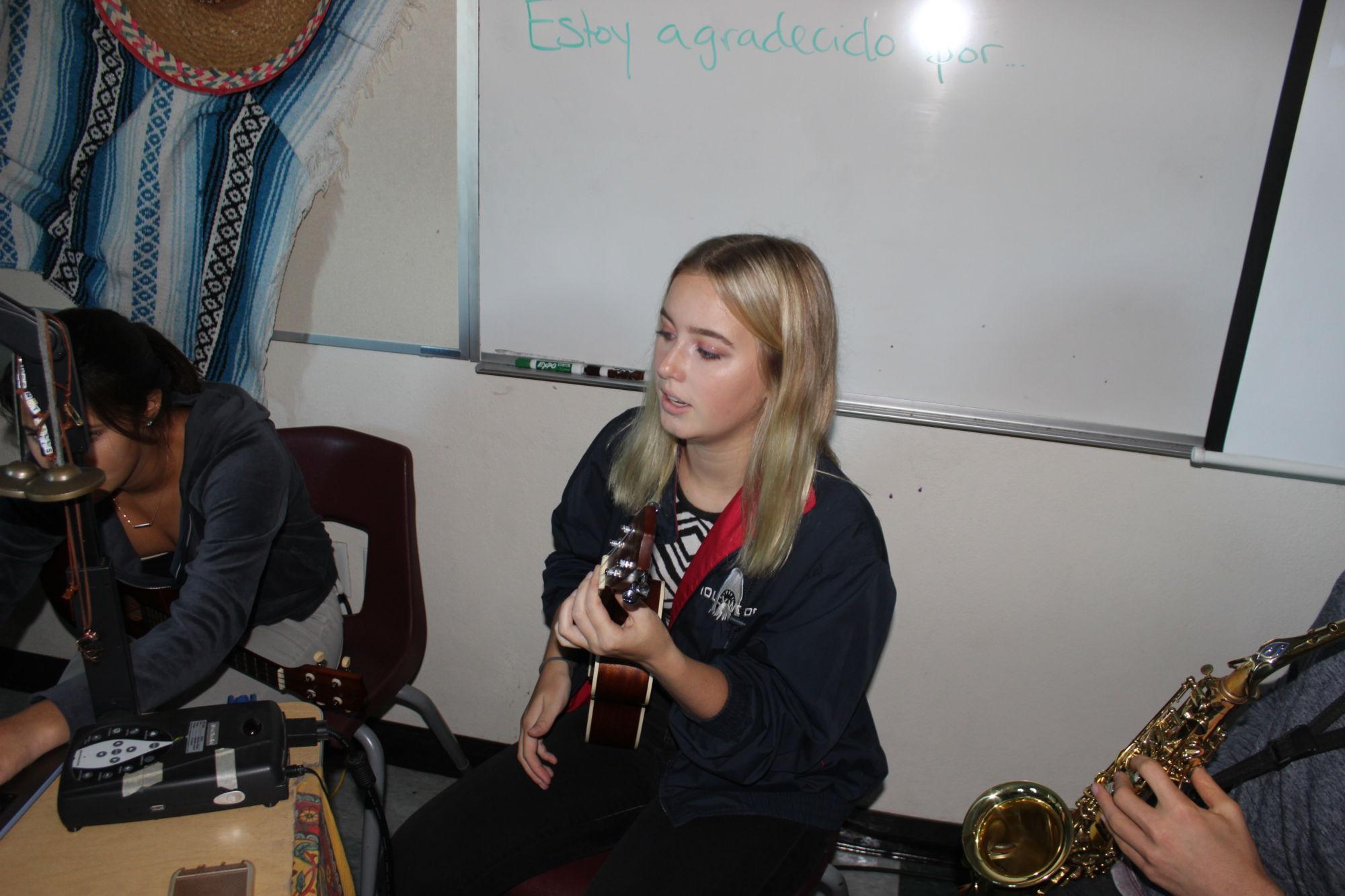 Sophomore Nikki Orrick shares her music with Redwood community