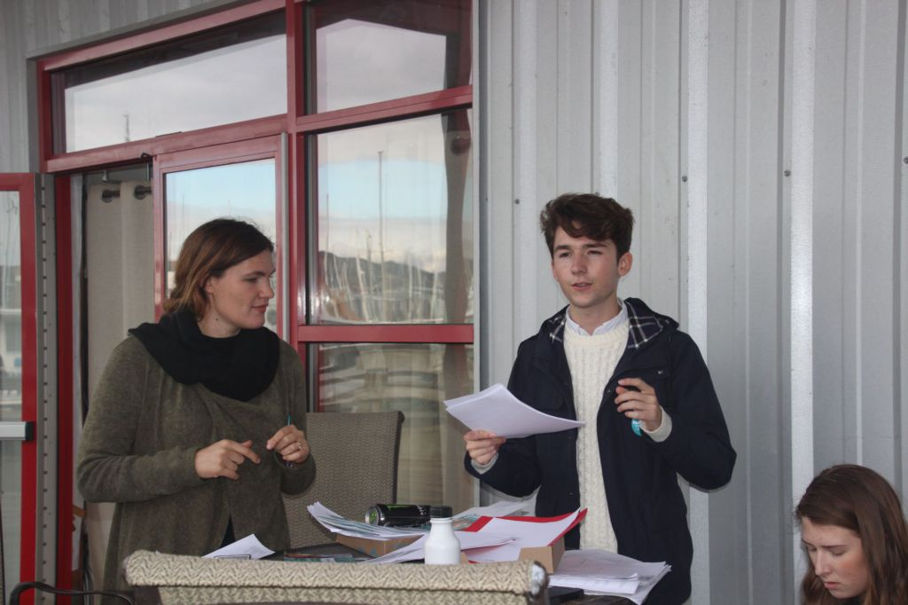 Students volunteer to work for Sausalito city council campaign