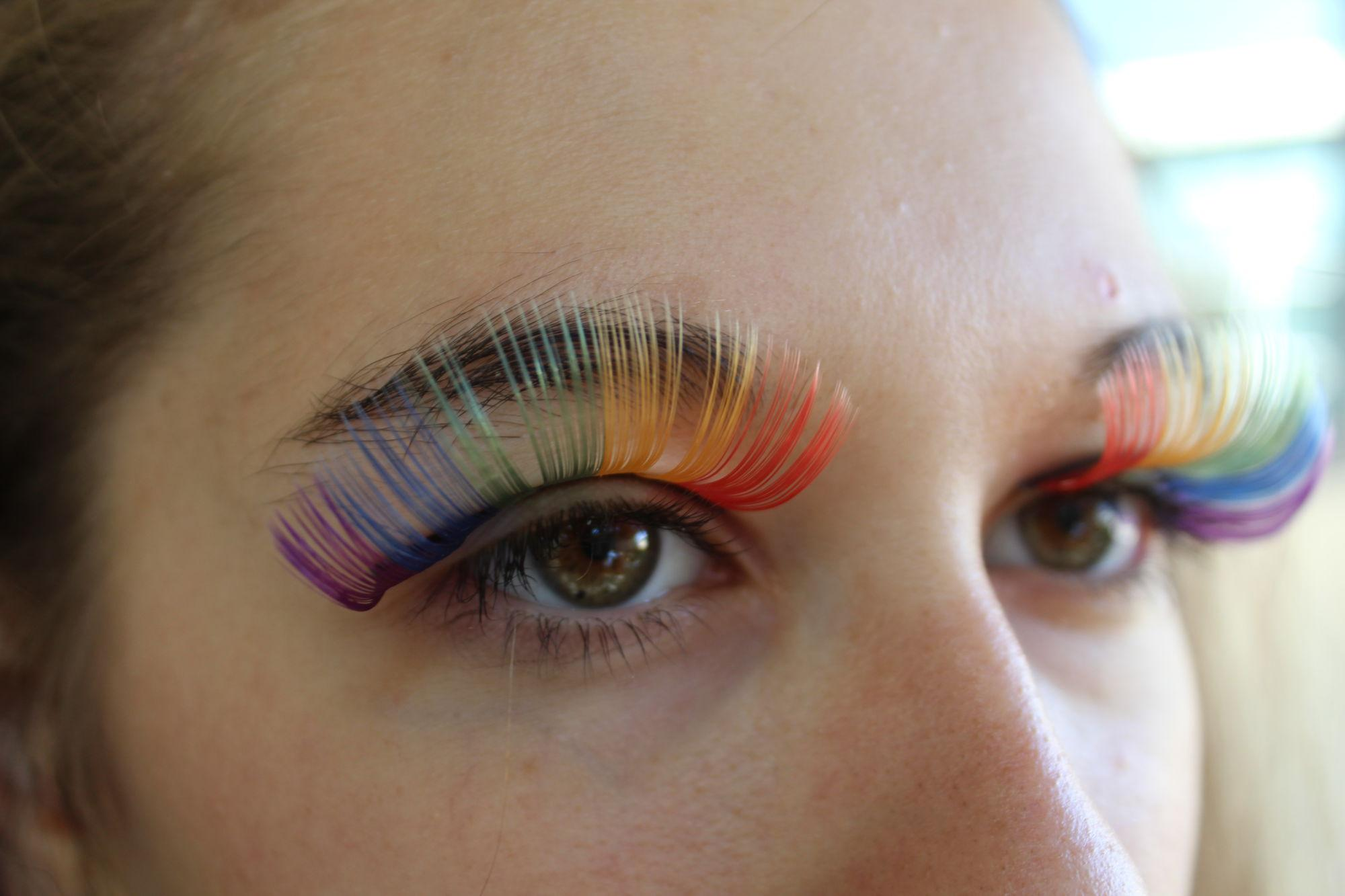 Senior+Natasha+Arnowitz+wears+colorful+eyelash+extensions%2C+but+not+the+rest+of+her+costume.%0A