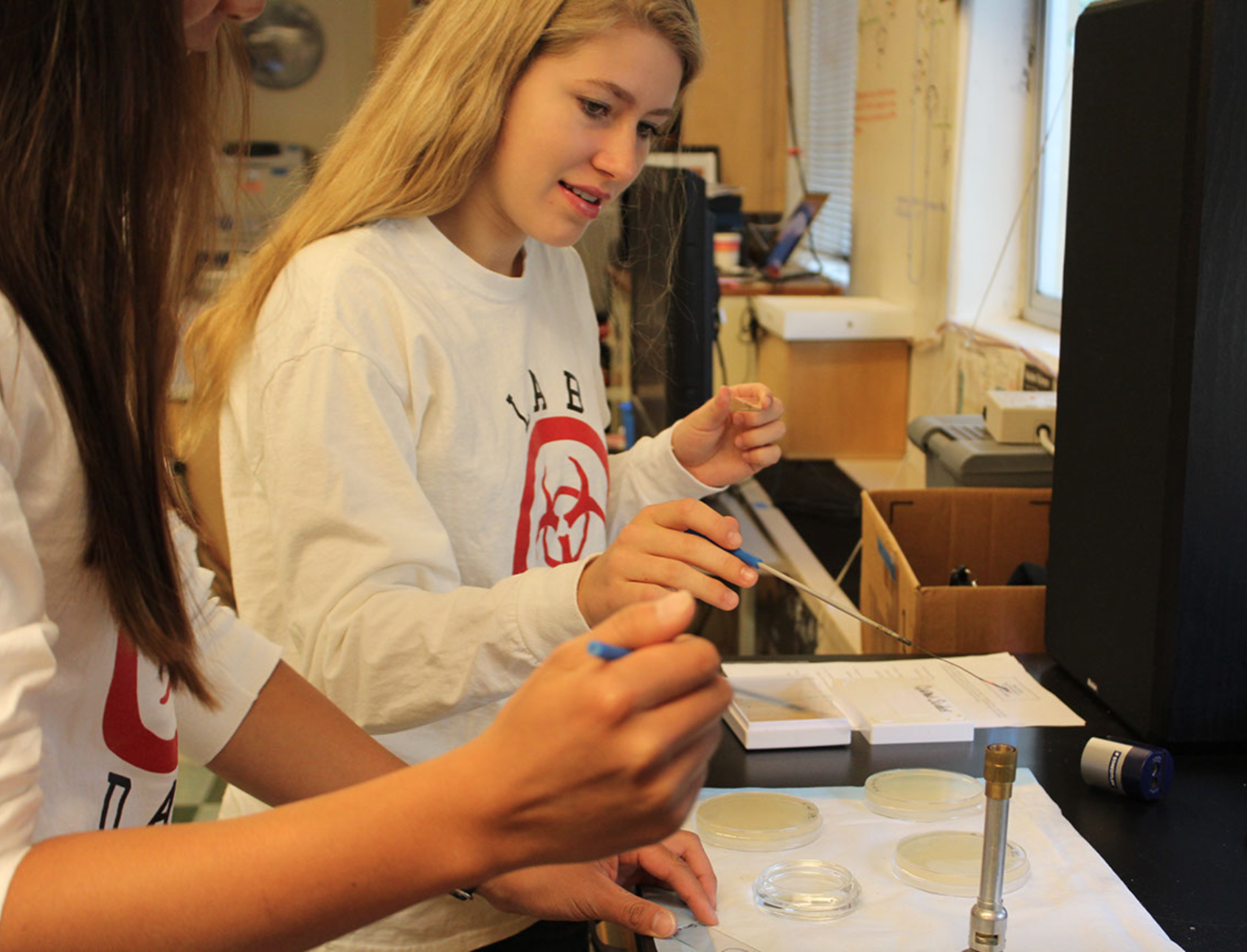 Redwood celebrates two decades of Honors Biomed