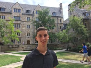 Redwood alum Jeremy Goldwasser, a freshman at Yale University believes that private college counselors are unnecessary in the college admissions process.