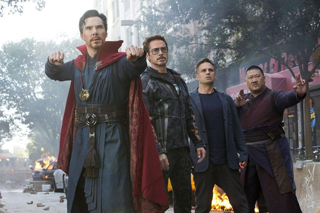 Doctor+Strange+%28Benedict+Cumberbatch%29%2C+Iron+Man+%28Robert+Downey+Jr.%29%2C+Bruce+Banner%2FHulk+%28Mark+Ruffalo%29%2C+and+Wong+%28Benedict+Wong%29+about+to+defend+Earth+from+first+attack