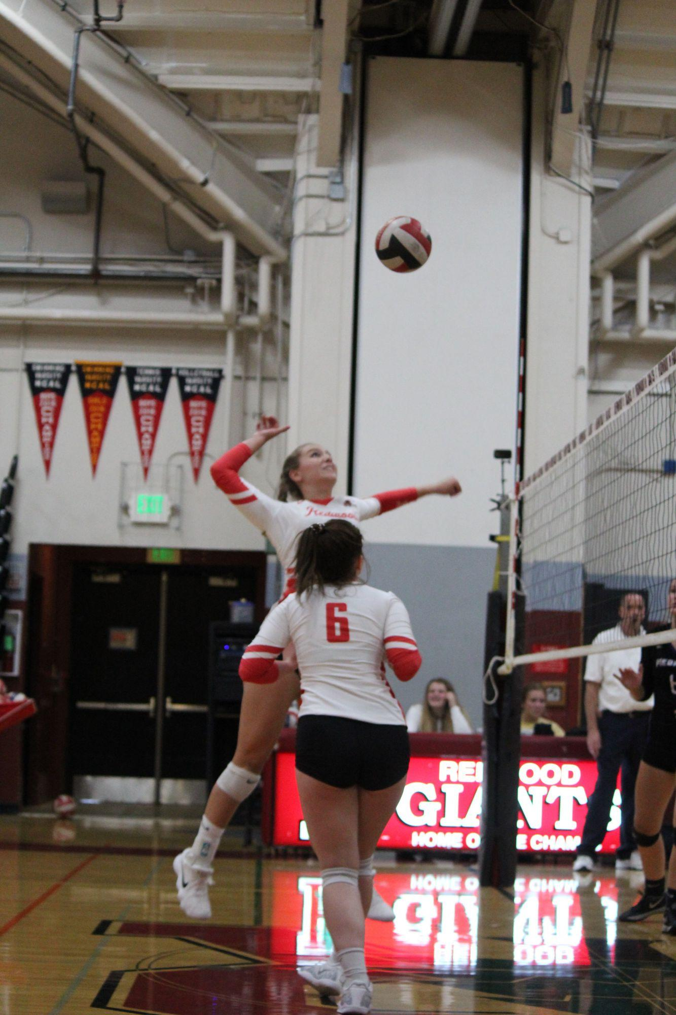 Freshman+Brooke+Leslie+hits+the+ball.+