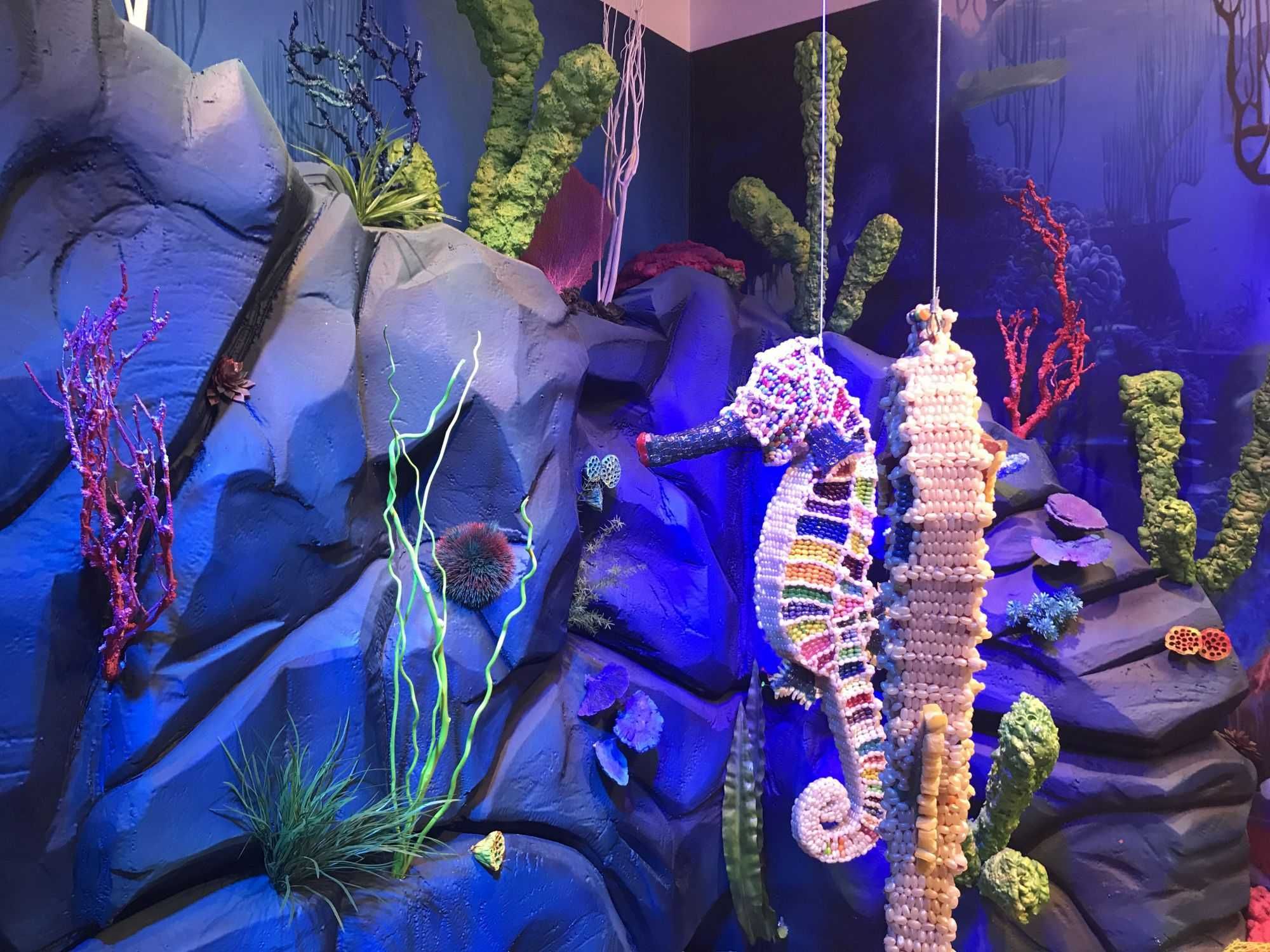 Decorated+with+sea+organisms+and+plant+life%2C+the+ocean+room+features+a+hammerhead+shark+with+over+11%2C800+pieces+of+candy.+