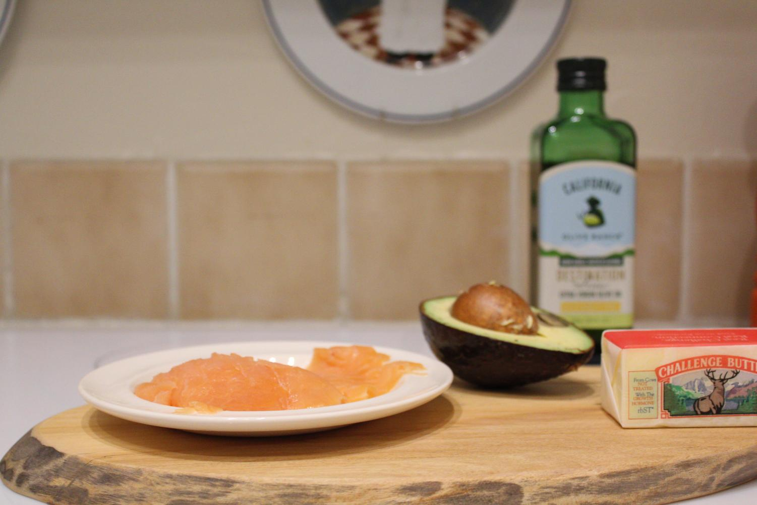 A few examples of food that are Keto; salmon, almonds, avocado, butter and olive oil.