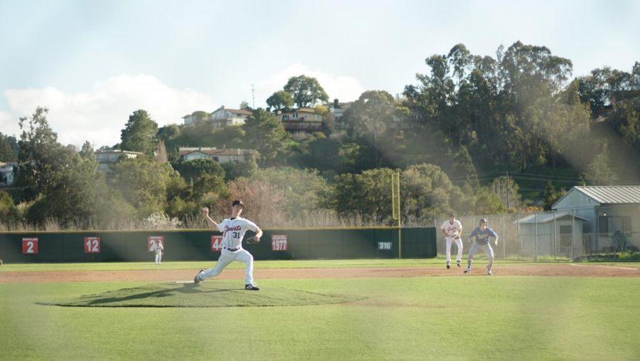 Kyle Felder pitches