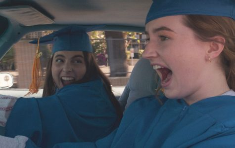 'Booksmart' wins valedictorian and class clown by breaking barriers and depicting real high school life