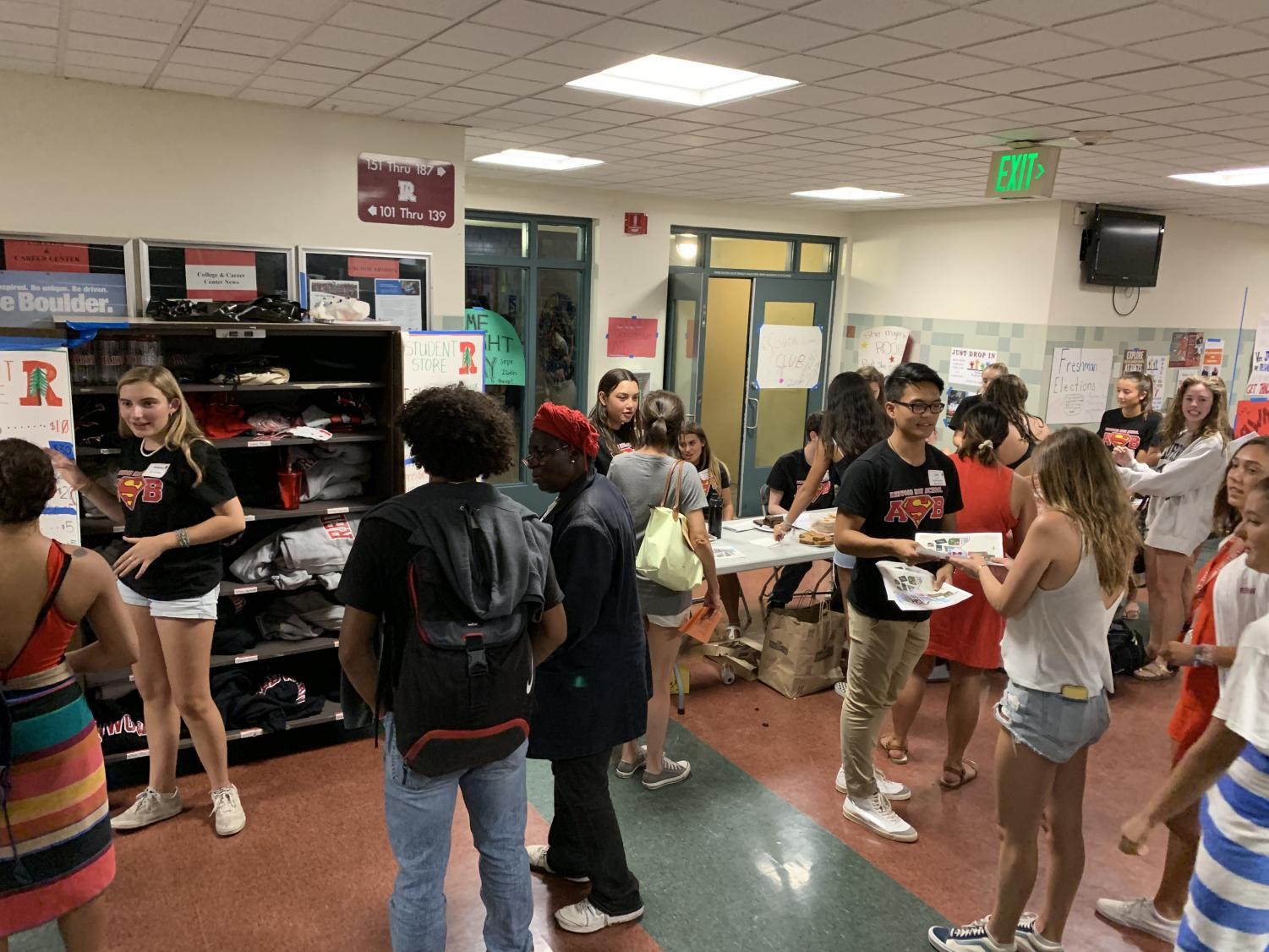 During the annual Back to School Night, Leadership students fundraise and lend a helping hand.